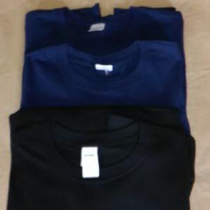 Lot of 3 Gildan T-shirts